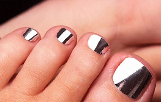 modnyj_pedicure_2012_foto_46 (540x341, 48Kb)