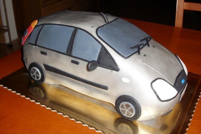 3D торты для мальчика. Автомобили (28) (700x466, 199Kb)