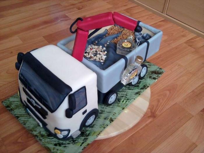 3D торты для мальчика. Автомобили (34) (700x525, 229Kb)