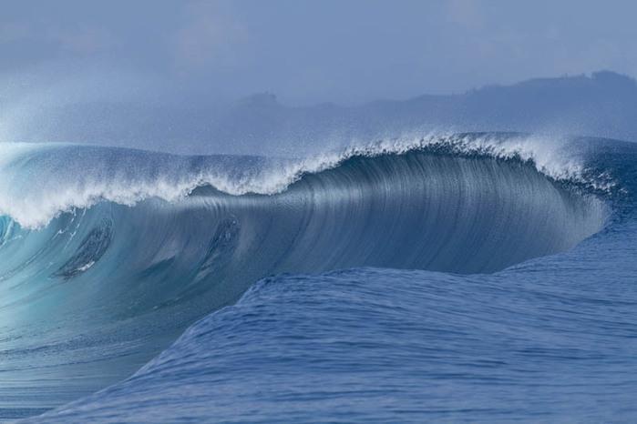 красивые волны фото 1 (700x466, 69Kb)