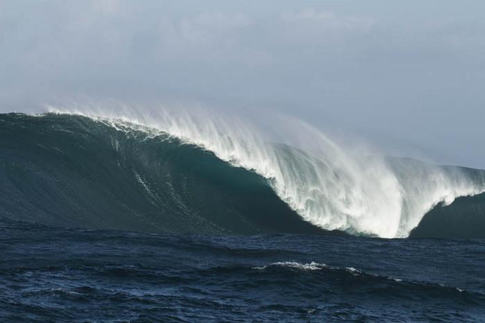 красивые волны фото 11 (700x466, 59Kb)