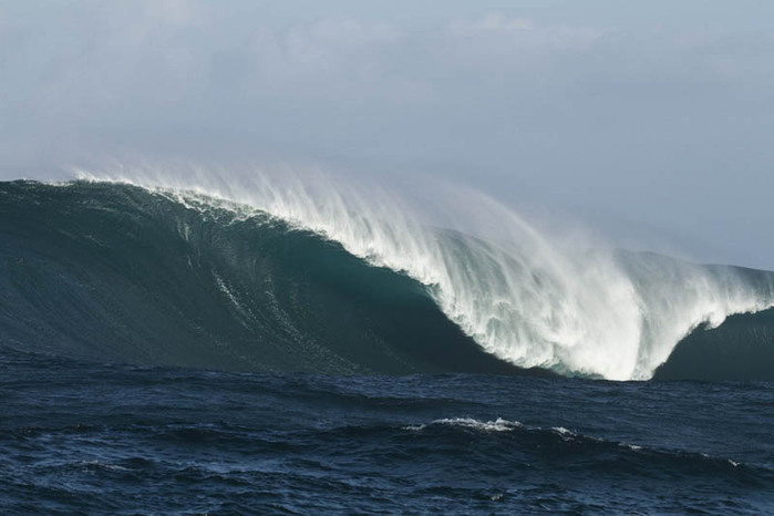 красивые волны фото 14 (700x466, 59Kb)