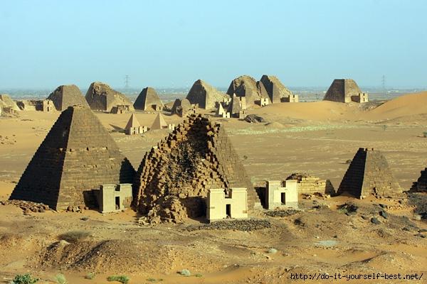 nubijskie-piramidy-1 (600x400, 207Kb)