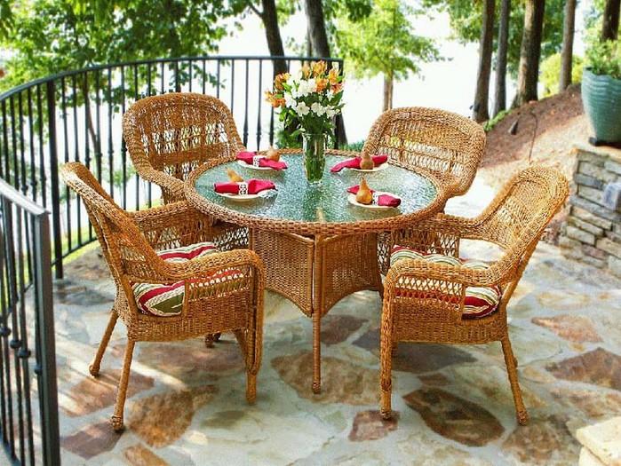Плетеное кресло и другая мебель для сада 9 (700x525, 156Kb)