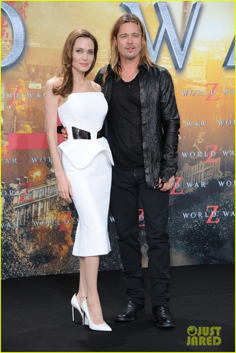 angelina-jolie-brad-pitt-world-war-z-birthday-premiere-03 (467x700, 90Kb)