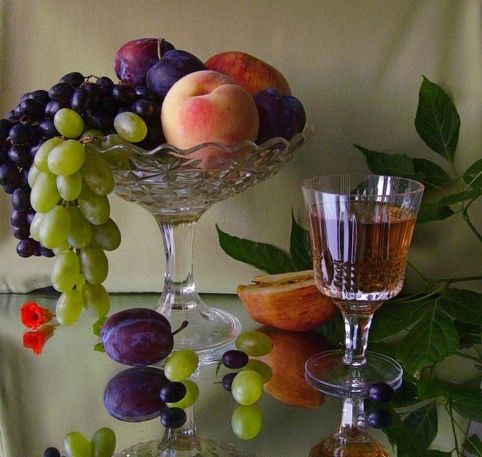 1370783860_still_life_of_wine_06 (700x663, 139Kb)