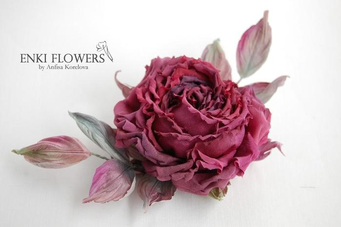 Приготовление клея для склеивания и накрахмаливания деталей цветов из ткани
