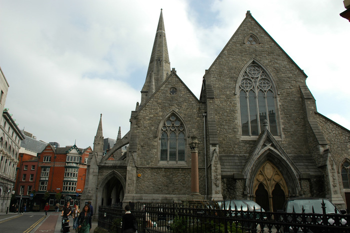 1024px-Dublin_-_St._John_and_St._Augustine_-_110508_144227 (700x465, 130Kb)