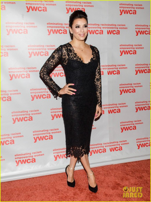 eva-longoria-ywca-usa-women-of-distinction-awards-gala-05 (521x700, 114Kb)