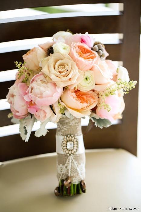 Украшение свадебного букета