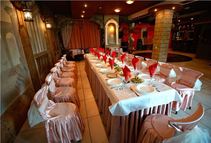 Ресторан «Фигаро»  –  отличный банкетный зал в Киеве по приемлемым ценам.
