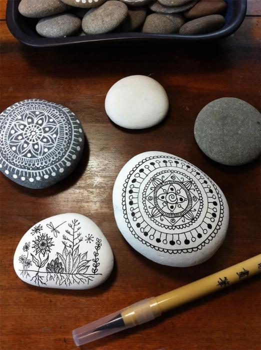 мандалы на камнях фото 3 (522x700, 261Kb)