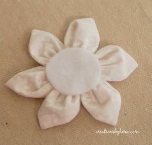 Как сшить цветы из ткани. Мастер-класс (12) (300x285, 38Kb)