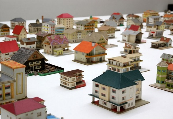 387-model-houses-3[3]