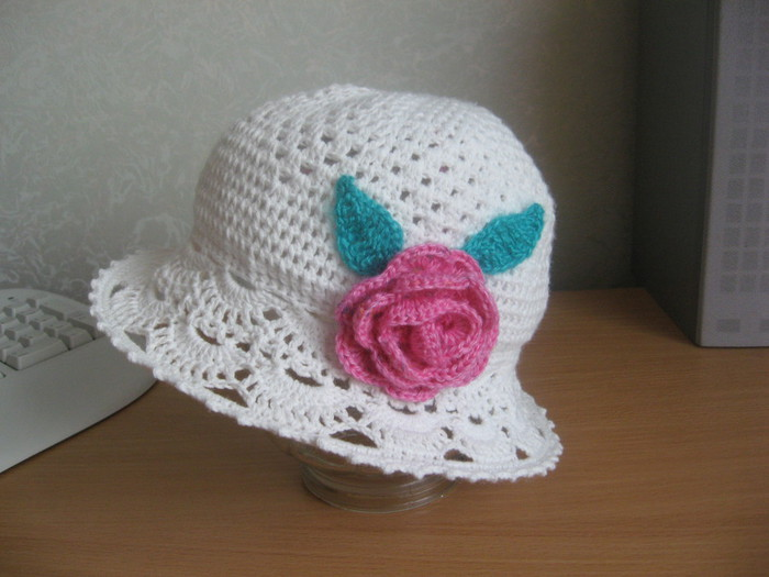crochet summer hat for little girl