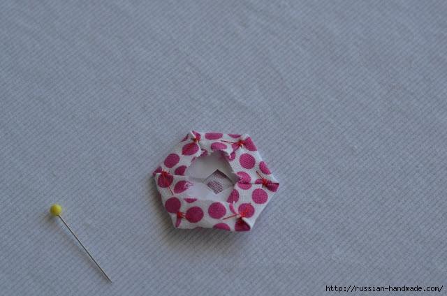 Урок лоскутного шитья. Цветочек из шестиугольников для аппликации (10) (640x424, 144Kb)