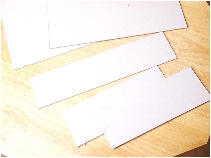 Портфель из картона с подсолнухом и паучком. Подарок для учителя своими руками (8) (700x526, 168Kb)