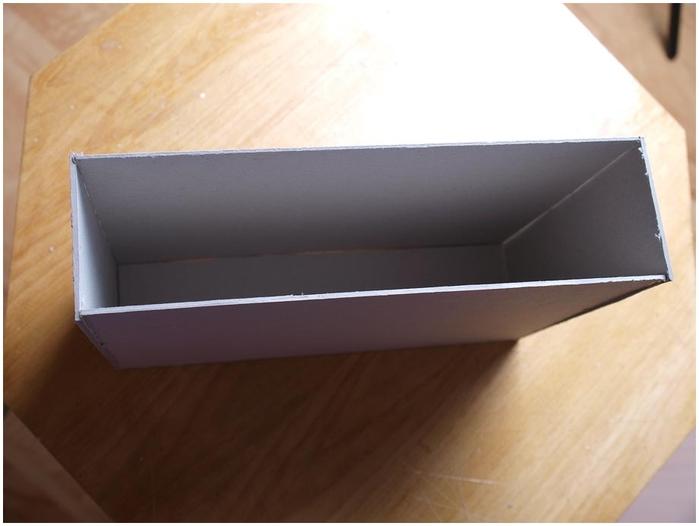 Портфель из картона с подсолнухом и паучком. Подарок для учителя своими руками (12) (700x526, 139Kb)