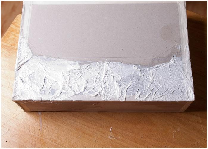Портфель из картона с подсолнухом и паучком. Подарок для учителя своими руками (22) (700x501, 239Kb)