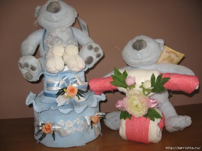 Подарки для новорожденного из памперсов и полотенец (10) (700x525, 240Kb)