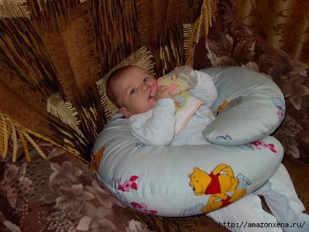 Как сшить подушку для кормления малыша. Выкройка подушки для кормления (5) (450x338, 110Kb)