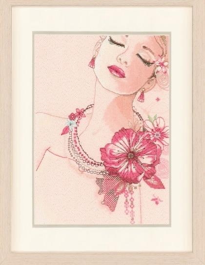 вышивка дамы в розовом этом своим качествам