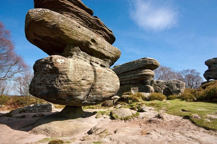камень-идол в Бримхэм Рокс фото (700x466, 311Kb)