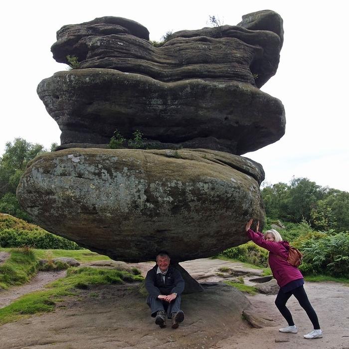 камень-идол в Бримхэм Рокс фото 4 (700x700, 342Kb)