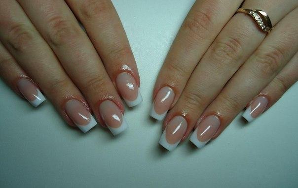 нарощенные ногти фото френч белый