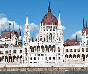 Будапешт - парламент Венгрии (295x249, 42Kb)
