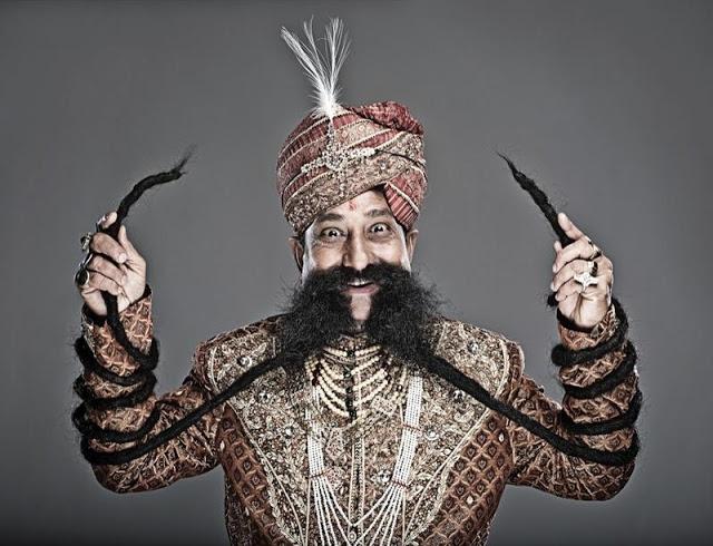 Ram Singh Chauhan самые длинные усы в мире фото (640x490, 206Kb)