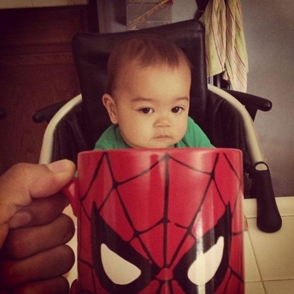 baby_mugging_04