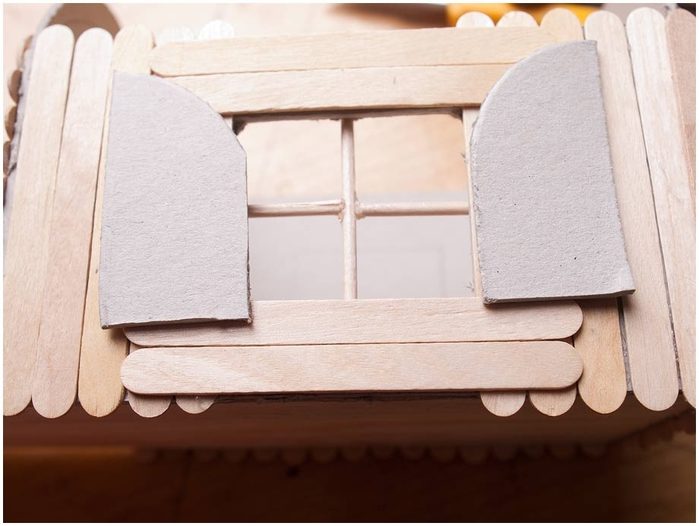 Домик на колесах из картона и палочек от мороженого. МАСТЕР-КЛАСС (32) (700x526, 192Kb)