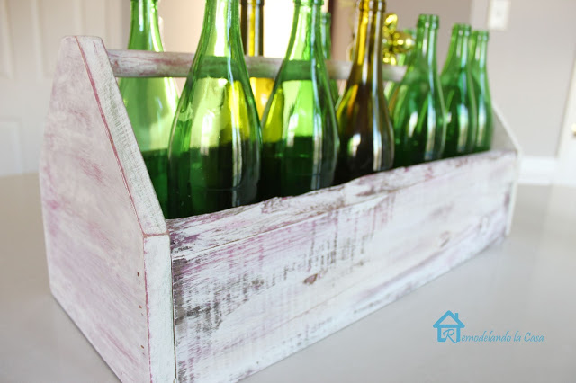 Wooden toolbox with green bottles3 (640x426, 67Kb)