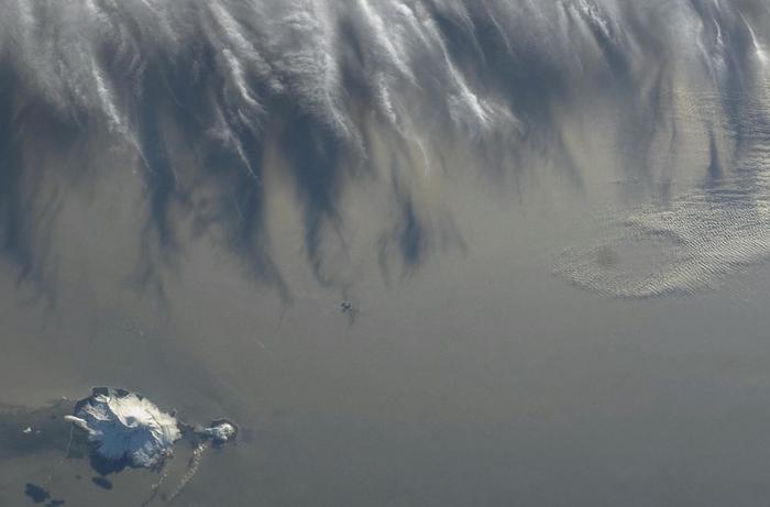 фото земли из космоса 6 (700x461, 154Kb)