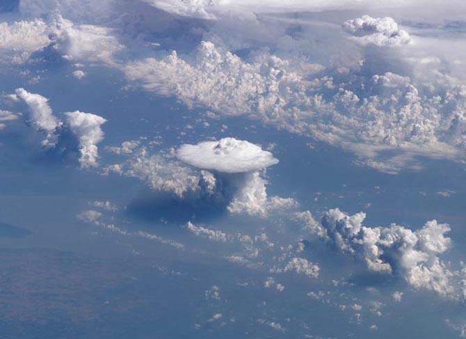 фото земли из космоса 8 (670x487, 113Kb)