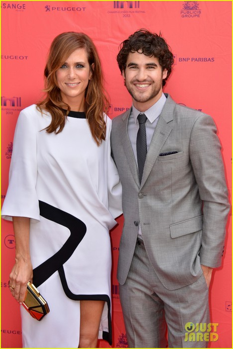 kristen-wiig-girl-most-likely-paris-premiere-with-darren-criss-14 (468x700, 78Kb)