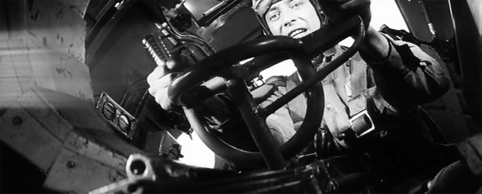 10а Пикирующий бомбардировщик (700x282, 59Kb)