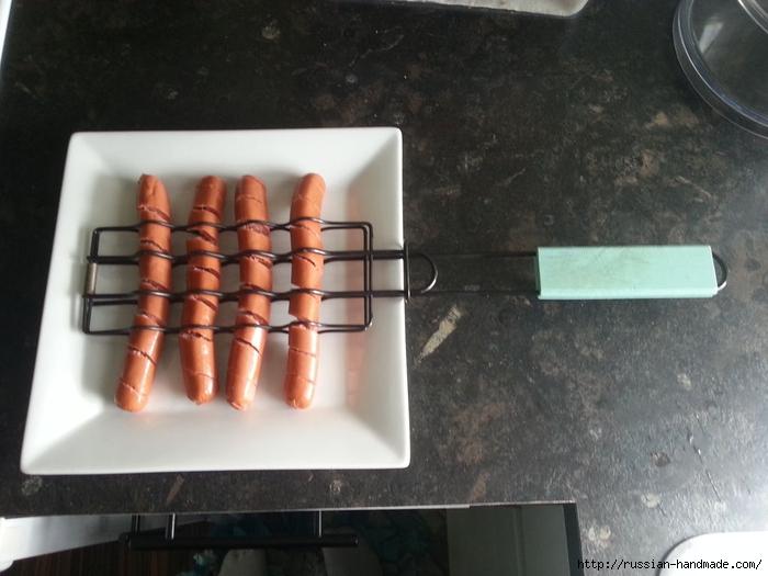 Спиральная закуска из сосисок (2) (700x525, 218Kb)