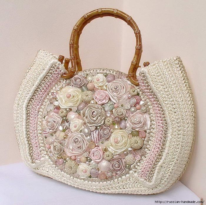 Очень красивая сумка с вышивкой лентами (1) (700x699, 445Kb)