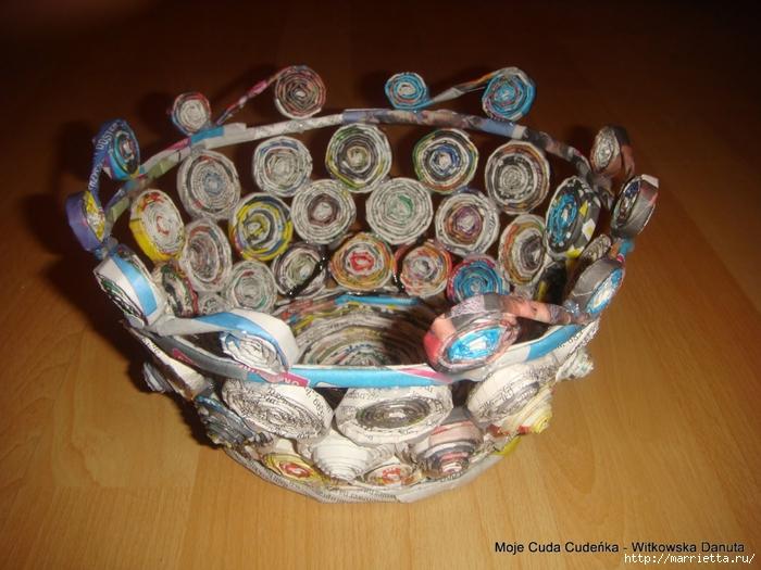 Плетение из газет. Поделки из колечек и тарелка из трубочек (19) (700x525, 286Kb)