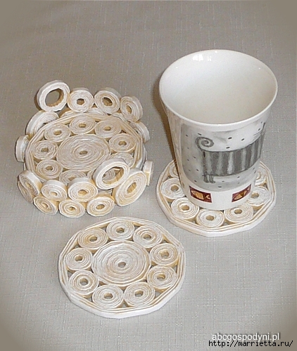 Плетение из газет. Поделки из колечек и тарелка из трубочек (30) (422x500, 184Kb)
