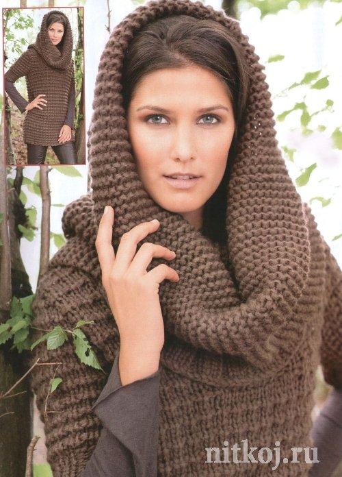 Длинный вязаный пуловер и шарф-капюшон Такой пуловер получается мягким и теплым, вяжется из толстой пряжи...