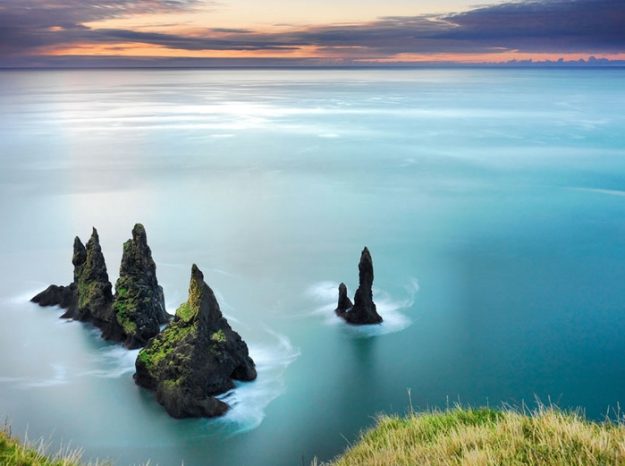 the-reynisdrangar-iceland (700x521, 201Kb)