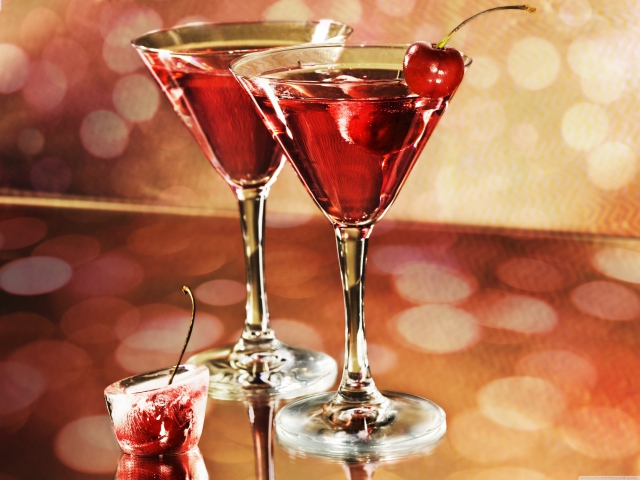 4098761_Food_Drinks_Red_cocktails_036368_ (640x480, 121Kb)