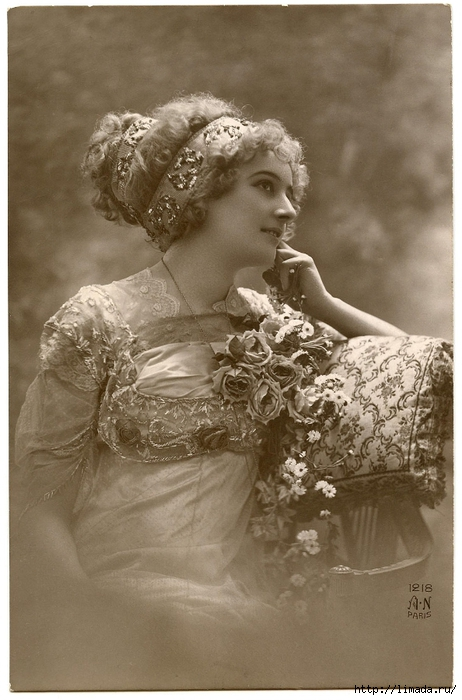 Old-Photo-Beautiful-Paris-Lady-GraphicsFairy (462x700, 232Kb)