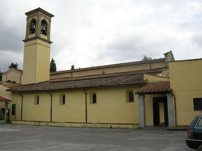 768px-Chiesa_delle_montalve,_crocifisso_duecentesco_con_aggiunte_seicentesche_02 (700x525, 48Kb)
