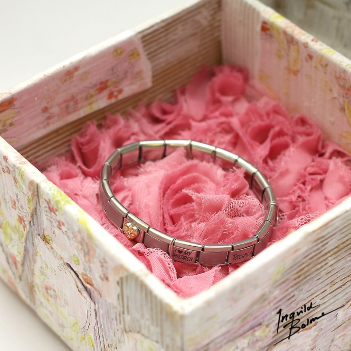 Коробочки для подарка из ободранного гофрокартона. Фото идеи (9) (700x700, 349Kb)