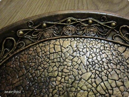 Восхитительные работы в технике Пейп-арт с мозаикой из яичной скорлупы от meribes (62) (520x390, 164Kb)