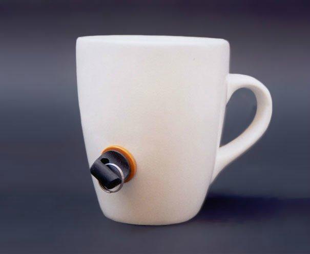 прикольная чашка с пробкой 5 (605x496, 82Kb)